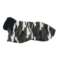 Kamouflagefärgat fleecetäcke med bröstlapp - large